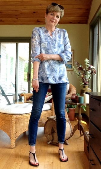 Tory Burch tunic, Citizens of Humanity jeans, Michael Kors sandals