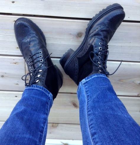 Citizens of Humanity jeans, Stuart Weitzman boots